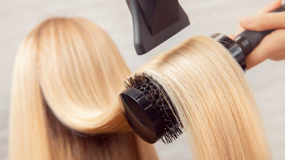دمای سشوار برای خشک کردن موها